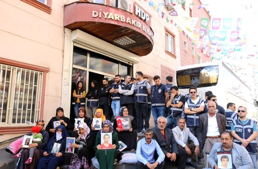 HDP, çadırda bekletilen ailelerin kaldırılması için valiliğe başvurdu