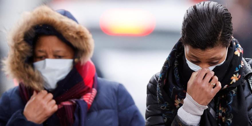 Dünyada koronavirüs nedeniyle ölenlerin sayısı artıyor