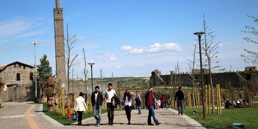 DİERG: Öğrenciler karantina koşulları için inisiyatif almalı