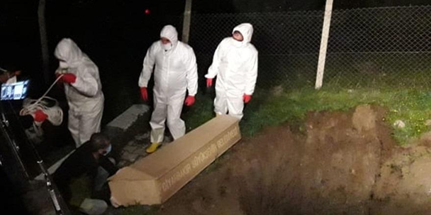 VİDEO - Diyarbakır'da 2 kişi koronavirüs nedeni ile hayatını kaybetti