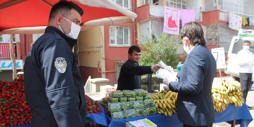 Bağlar Belediyesi'nden vatandaşlara ücretsiz maske