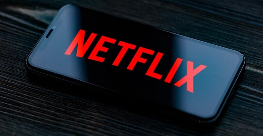 Netflix 10 belgeselini ücretsiz izlemeye açtı