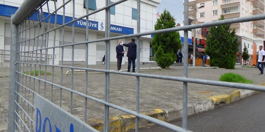 Diyarbakır'daki Yılmaz Güney Caddesi'ne kısıtlama kararı