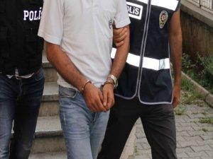 Diyarbakır'da 2 öğrenci gözaltına alındı