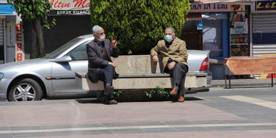 Diyarbakır'da bir ilçede daha maskesiz dolaşmak yasaklandı