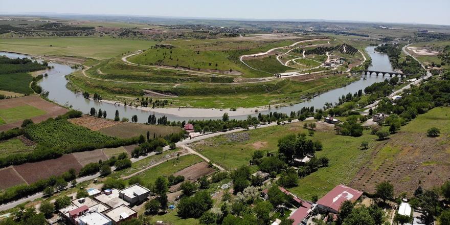 VİDEO - Koronavirüs sessizliği Diyarbakır'da doğal güzellikleri ortaya çıkardı