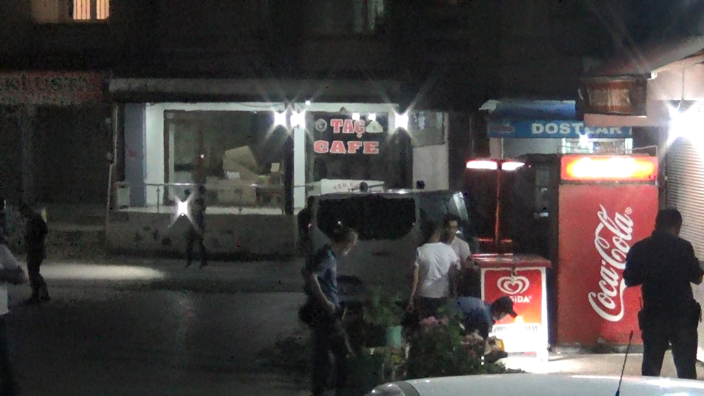 Diyarbakır'da iki grup arasında kavga, 2 yaralı