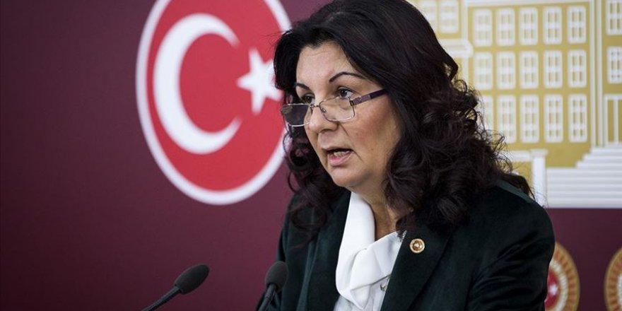 CHP: Aile sigortası desteği kadınlara verilmeli