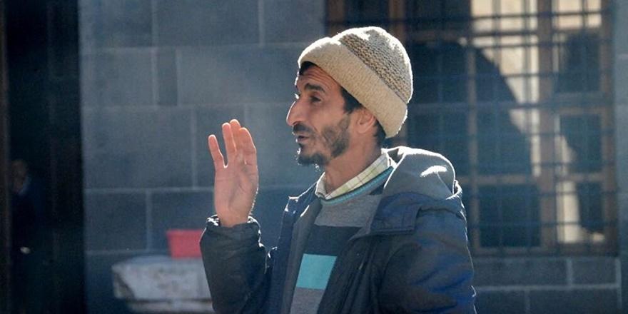 Diyarbakırlı 'Filozof Ramazan' davetçi mi? Akıl hastası mı?