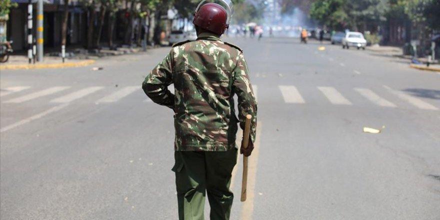 Sokağa çıkma yasağına uymayan 15 sivil öldürüldü
