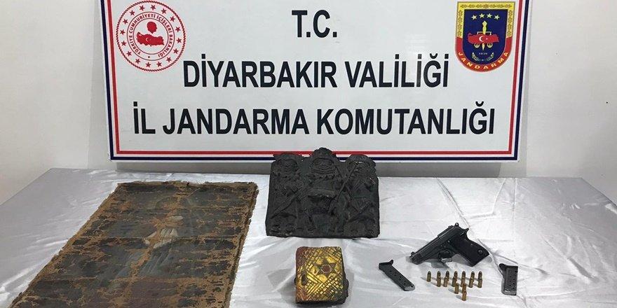 VİDEO - Diyarbakır'da tarihi eser kaçakçılığı operasyonu