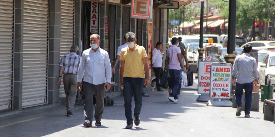 Maske takmayanlara verilecek para cezası güncellendi