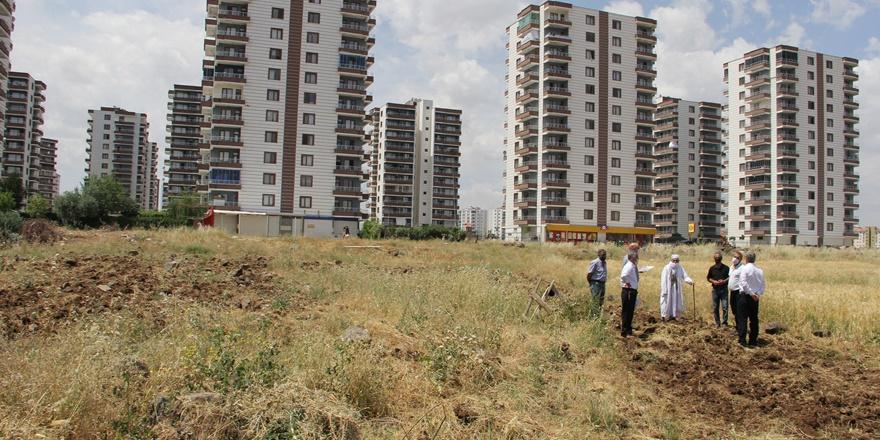Diyarbakır'da 5 kişi, 10 metrelik arazi aldı 180 kişi mağdur oldu