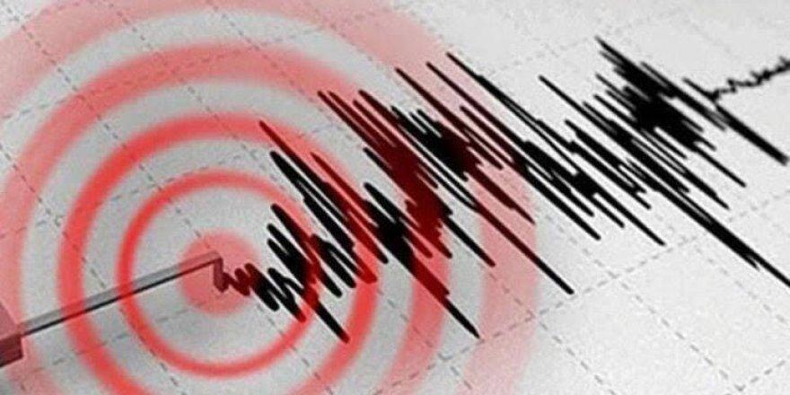 Van'da 5.4 büyüklüğünde deprem