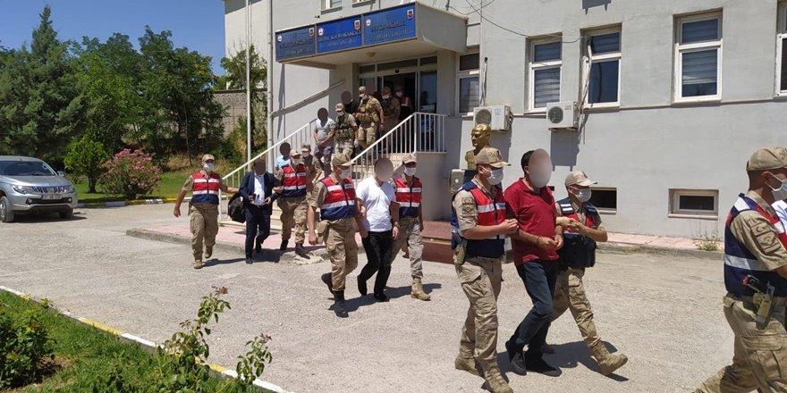 Diyarbakır'da dolandırıcılık şebekesi çökertildi