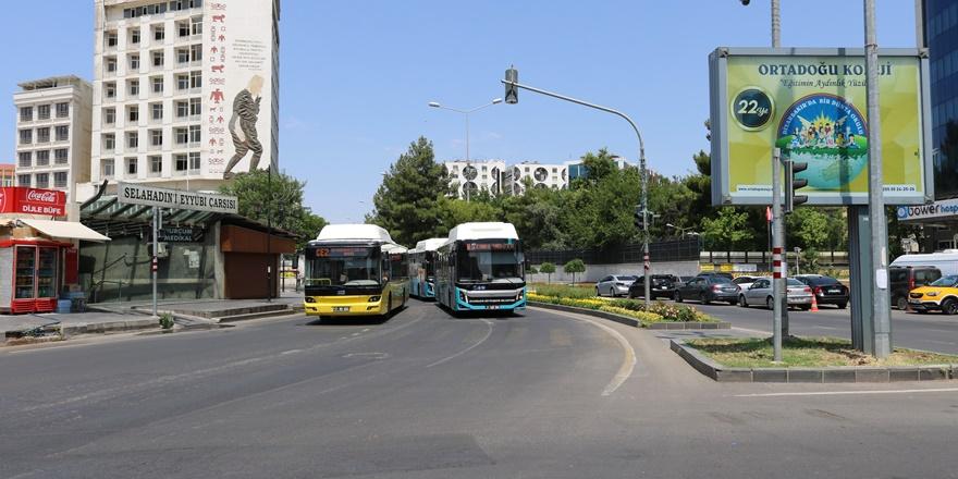 Diyarbakır'da YKS için uygulanan kısıtlamayla yollar boş kaldı