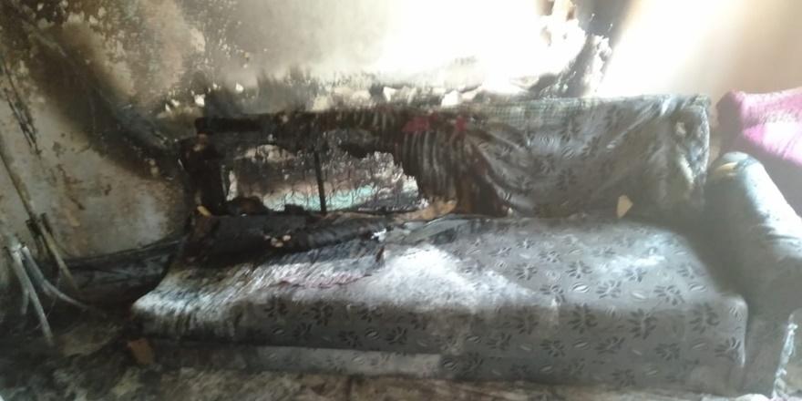 Diyarbakır'da yangın: Ev kullanılmaz hale geldi