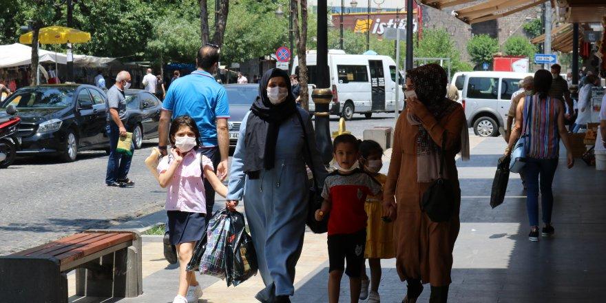 Diyarbakır'da 'Doğrusu Korur' kampanyası başlatıldı