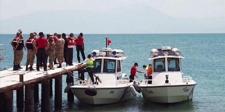 Kaybolan tekneyi arama çalışmalarında 2 kişinin daha cesedi bulundu