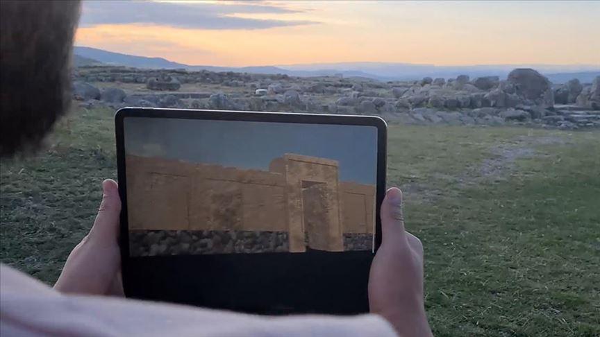 Hattuşa'nın 3 bin 500 yıl önceki hali 'sanal gerçeklik' uygulamasıyla ziyarete açıldı