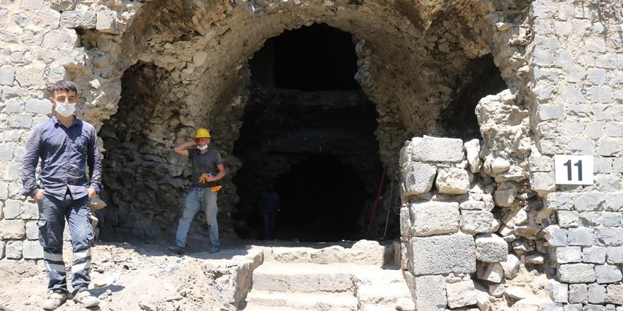 Büyükşehir Belediyesi, tarihi surlardaki 6 burcu restore edecek