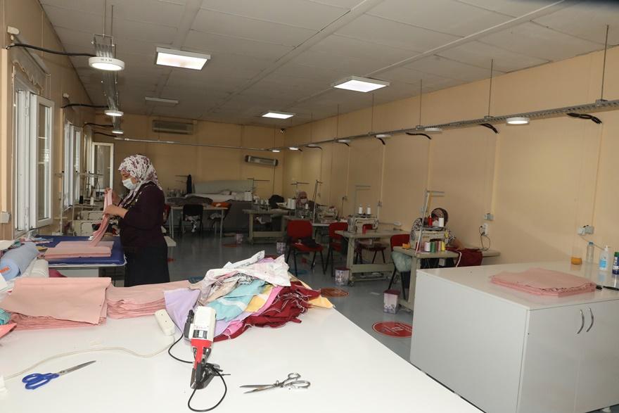 Diyarbakır'da kadınlara yönelik meslek kursları açıldı