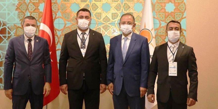 HDP'den istifa eden belediye başkanları AK Parti'ye katıldı