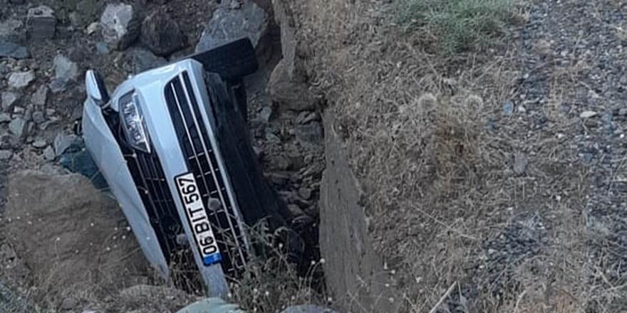 Diyarbakır'da otomobil takla attı: 1 ölü