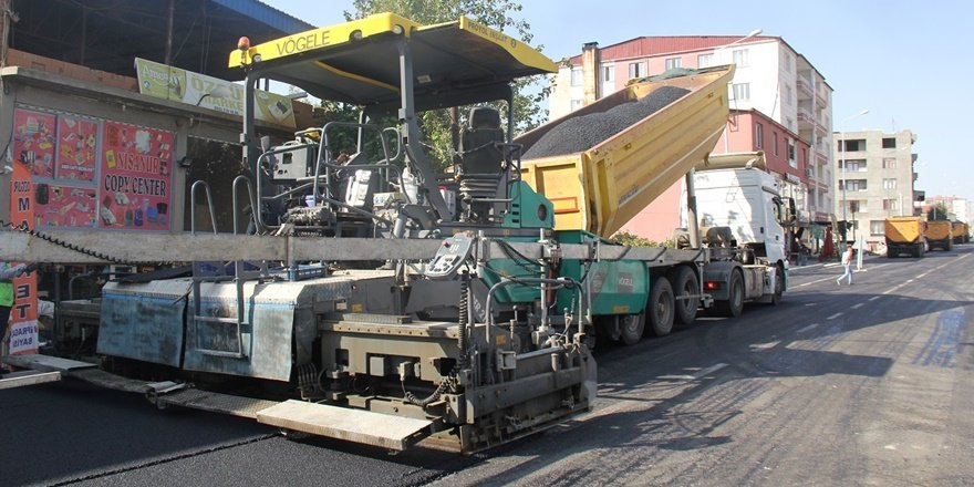 Diyarbakır Kulp'ta asfalt çalışması