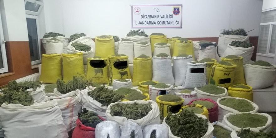Diyarbakır'da 1 ton 720 kilo uyuşturucu ele geçirildi