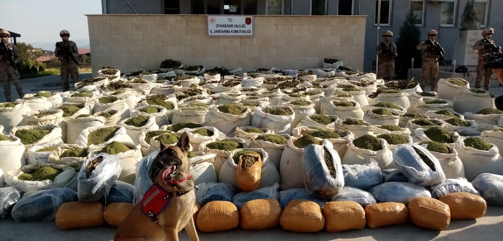 Diyarbakır'da 942 ton esrar ele geçirildi