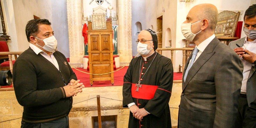 Ulaştırma ve Altyapı Bakanı Karaismailoğlu Mardin'de