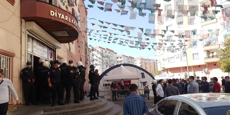HDP Diyarbakır İl Örgütü'nde arama: 2 gözaltı