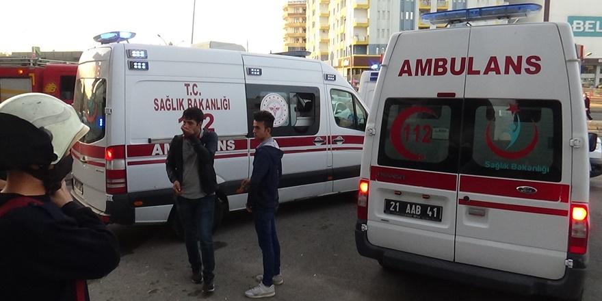 Diyarbakır'da çıkan yangında bir kişi hayatını kaybetti