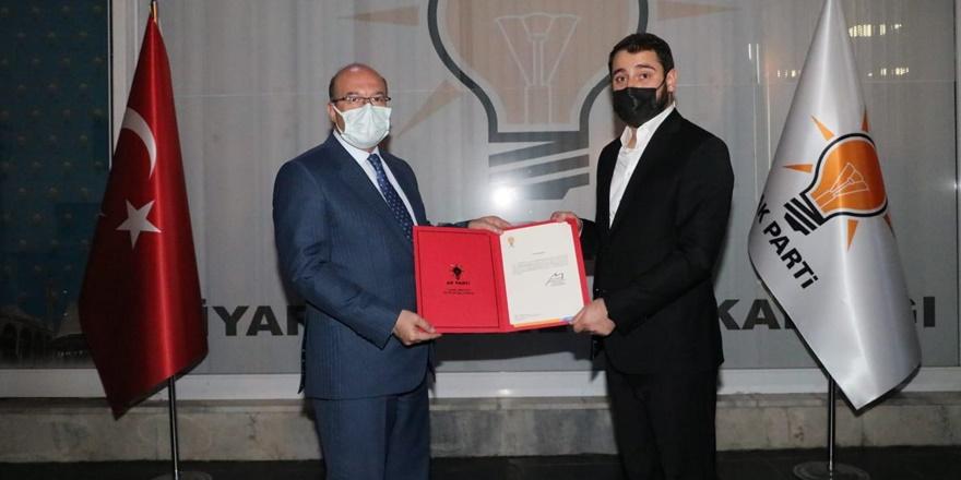 Türkiye'nin en genç ilçe Başkanı Diyarbakır'dan