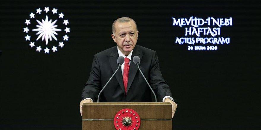 Erdoğan: Fransız mallarını asla satın almayın