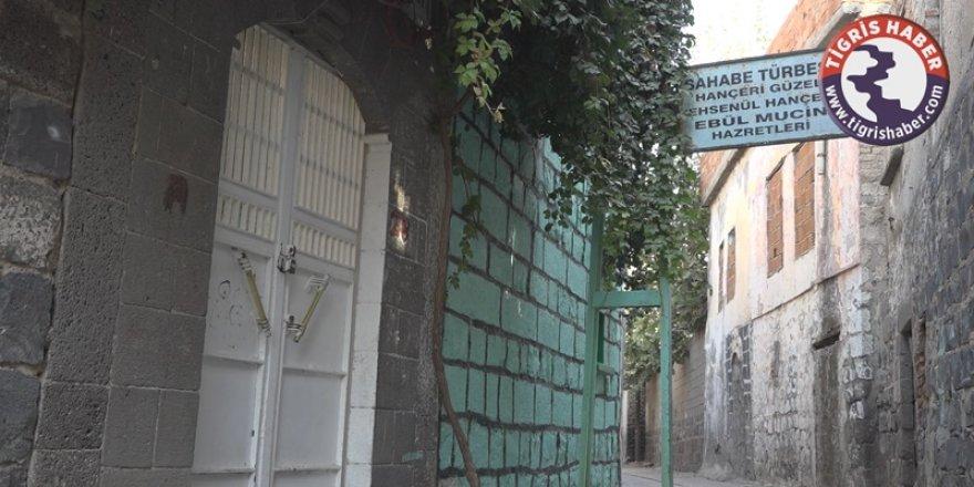 VİDEO - Sur'da bulunan 'Hanceri Güzel' türbesi bakımsızlığa terk edildi