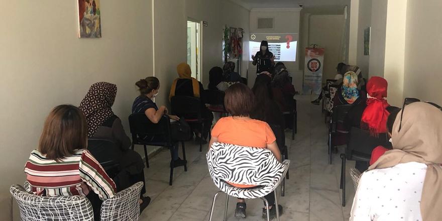 Yenişehir ADEM'den  ailelere uyuşturucuya karşı farkındaliık eğitimi