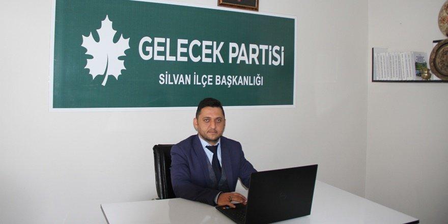 """""""AK Parti üyesi olmazsam burs bana çıkmaz mı?"""""""