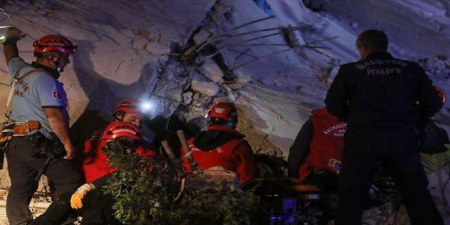 Depremle ilgili paylaşım yapan 3 kişi gözaltına alındı