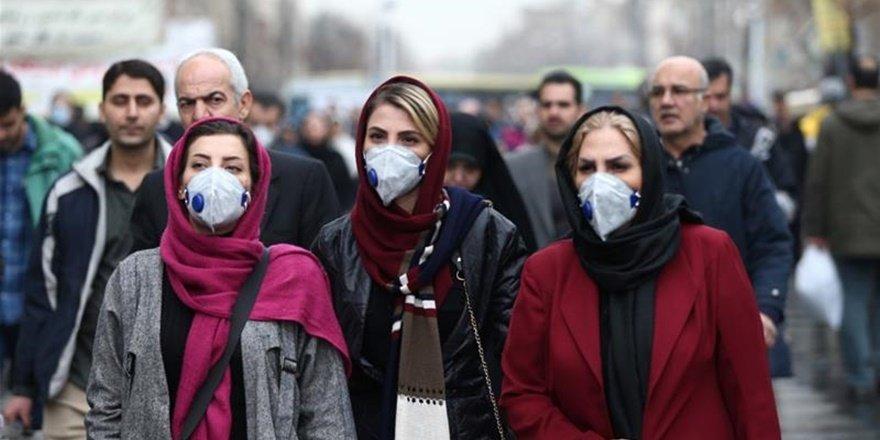 İran'da 25 kentte korona yasakları devrede