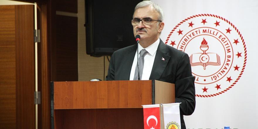 Diyarbakır valisi, Diyarbakırlıları sosyal medyaya davet etti