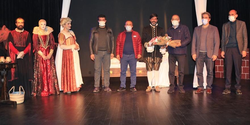 DTSO'dan pandemi döneminde Amed Şehir Tiyatrosuna destek