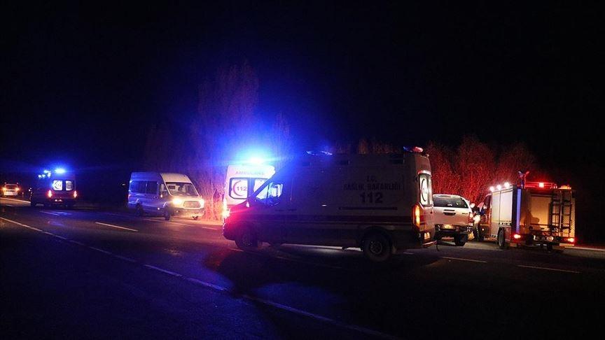 Tunceli'de patlama: 4 asker yaralandı