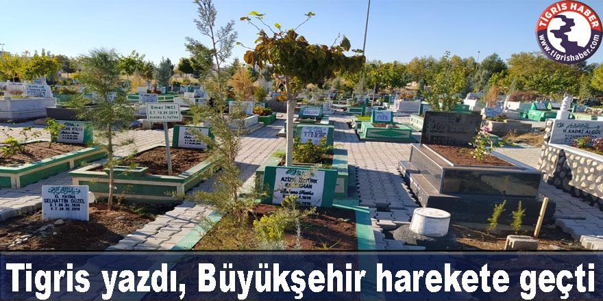Diyarbakır'daki mezarlıklar çamurdan arındı