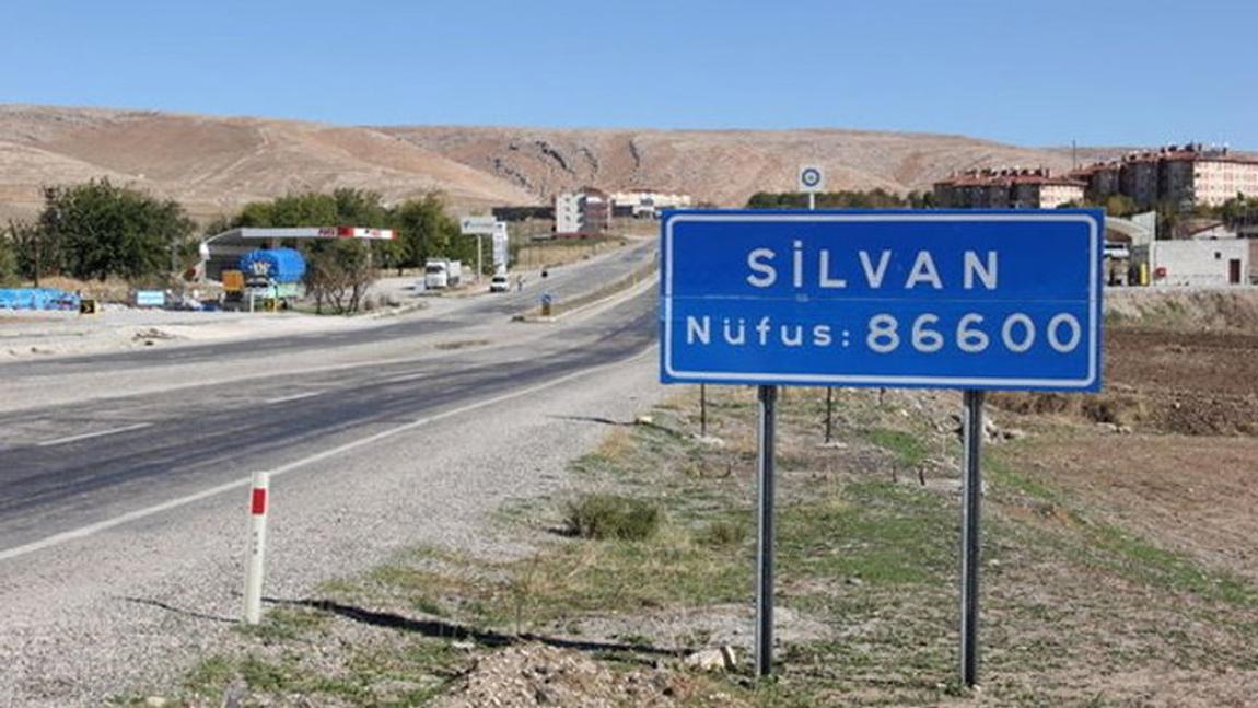 Diyarbakır'ın Silvan İlçesi'nde bir kişi daha intihar etti