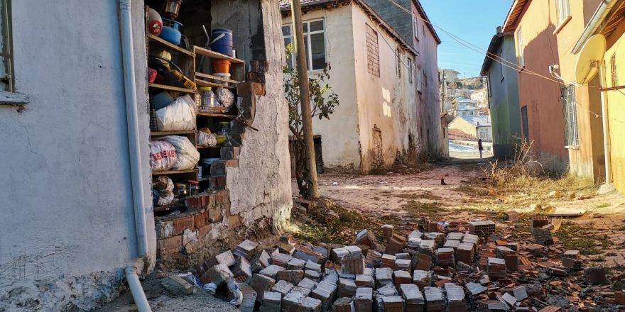 Elazığ'da deprem: Diyarbakır yine sallandı