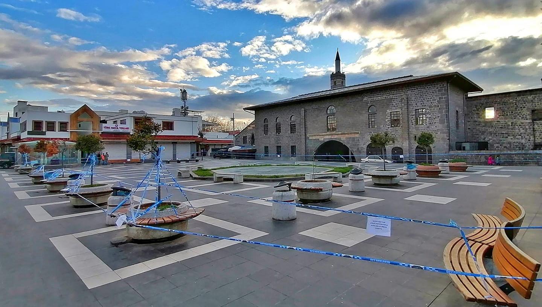 Diyarbakır'da sessizlik hakim