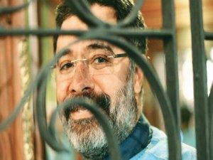 Ahmet Ümit'ten gönüllü mahkumluk