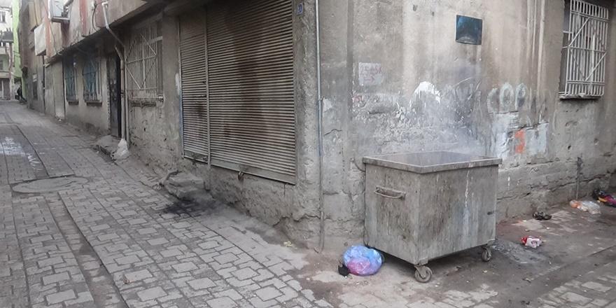 VİDEO - Diyarbakır'da çöp konteynerinde bebek cesedi bulundu